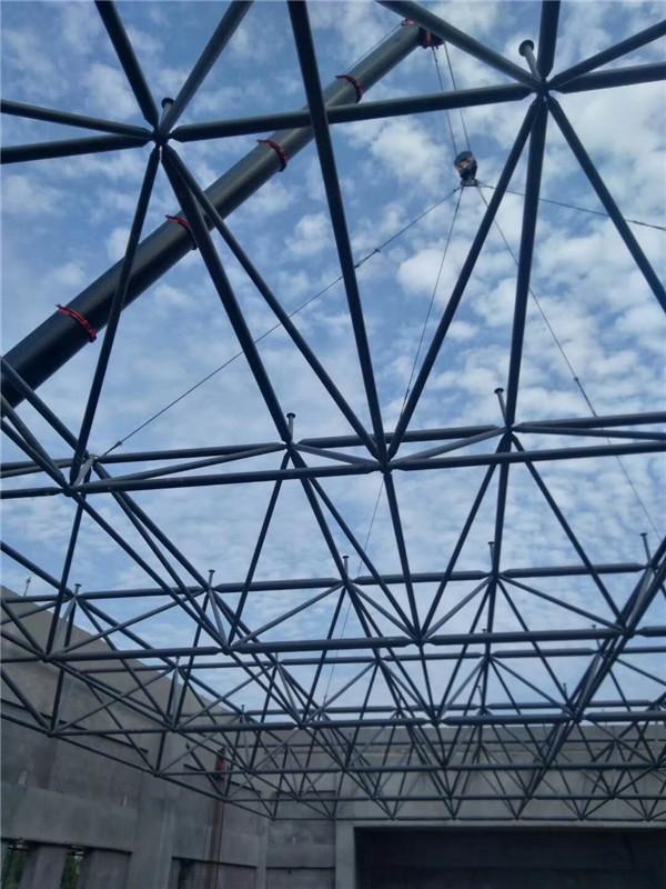 湖北神农架学校钢结构网架屋面