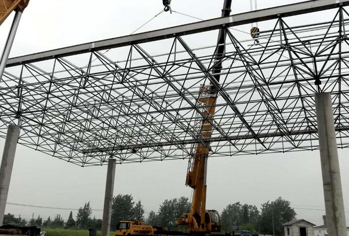 武汉市蔡甸区少管所大门网架雨棚